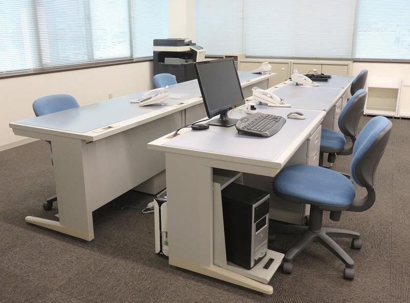 平社員のオフィス内の座席
